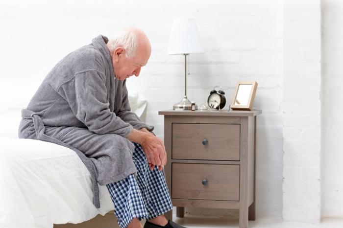 دلایل خستگی سالمندان-نگهداری سالمند