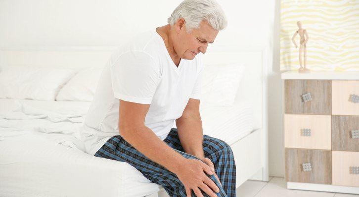 کاهش درد مفاصل سالمندان- نگهدارسالمند در منزل
